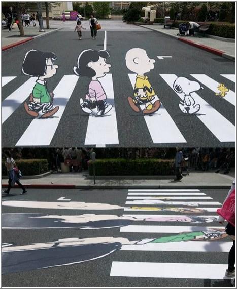 Некоторые автомобилисты часто проезжают через пешеходный переход, даже не з