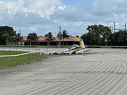 Click image for larger version  Name:plane-crash-landing.jpg Views:284 Size:419.5 KB ID:15894